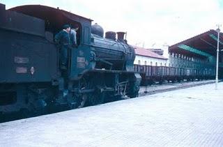 Tren desde la antigua estación de Benalúa