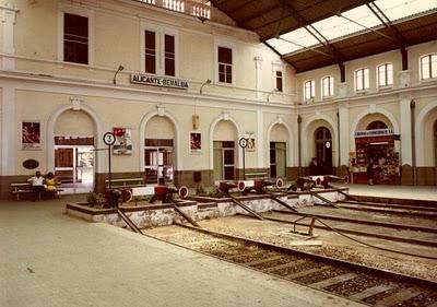 Interior estación de Benalúa