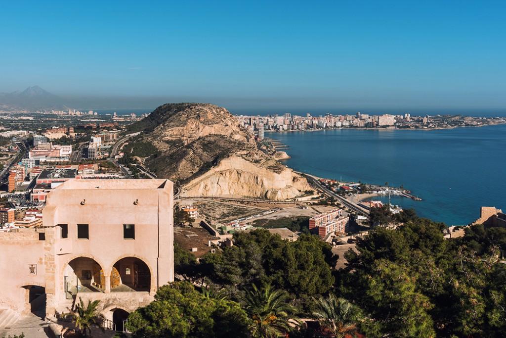 Sitios para tomar la mona en Alicante