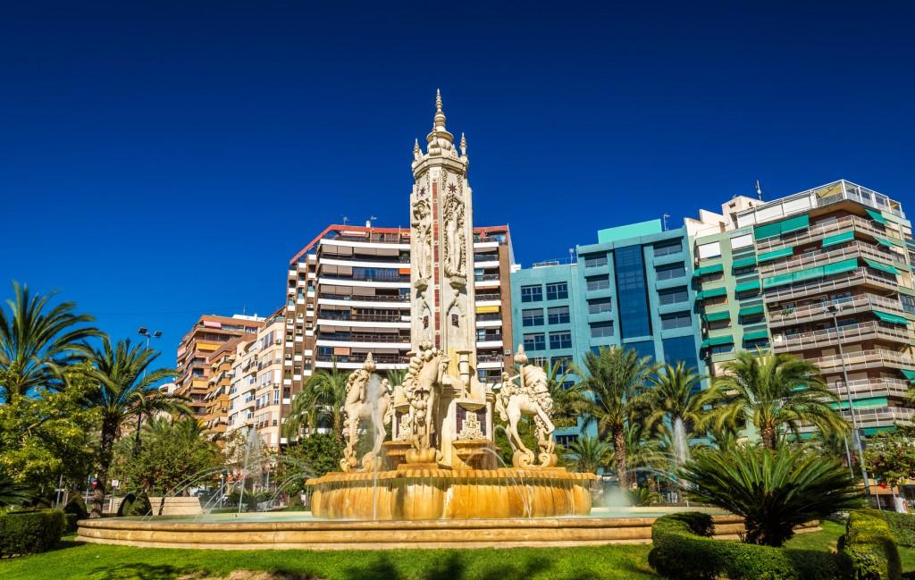 Alicante Kasa25 Best Squares